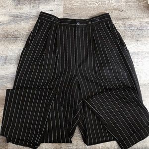 black and white pin stripe pleated trouser pants